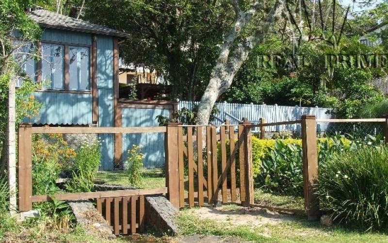 Linda Casa na Beira da Lagoa da Conceição! - Foto 31