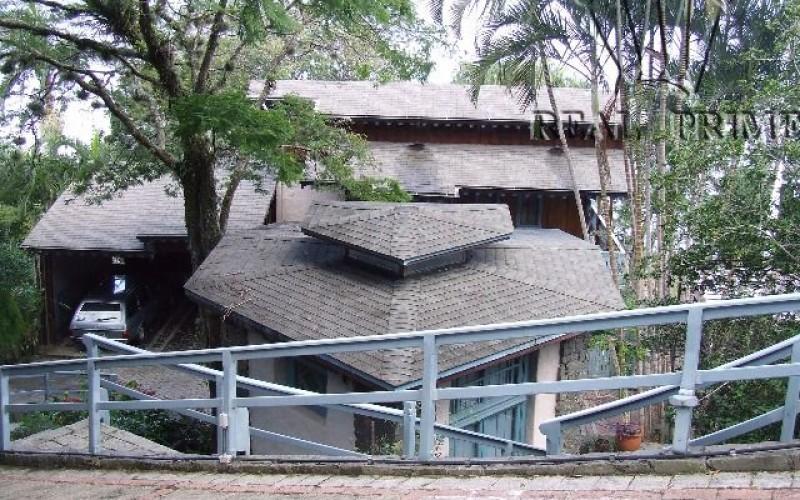 Linda Casa na Beira da Lagoa da Conceição! - Foto 24