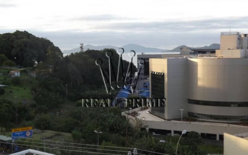 Apartamento com Vista Para á Beira Mar - Florianópolis. - Foto 3