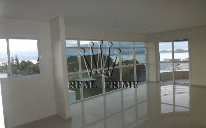 Amplo Apartamento com Vista Para á Beira Mar - Florianopolis