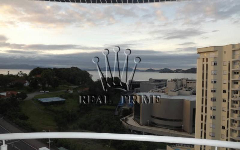 Amplo Apartamento com Vista Para á Beira Mar - Florianopolis - Foto 2