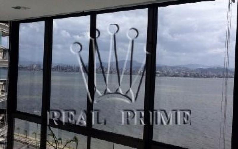 Apartamento Espetacular de Frente Para Beira Mar Norte