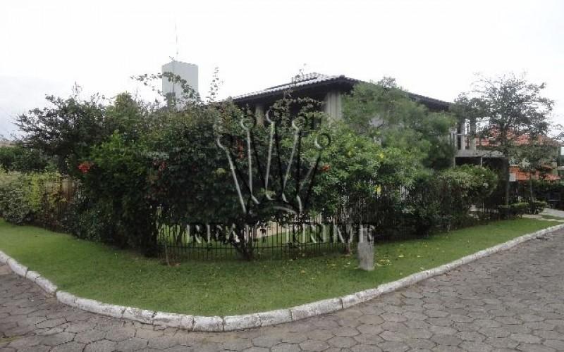 Casa com 5 Dormitórios na Lagoa da Conceição - Florianópolis. - Foto 11