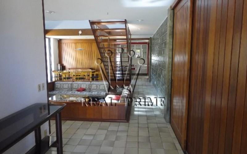 Casa com 5 Dormitórios na Lagoa da Conceição - Florianópolis. - Foto 48