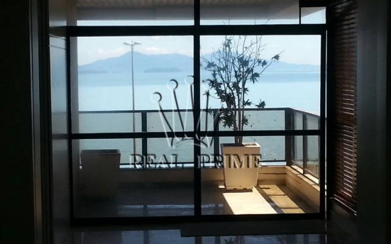 Apartamento 4 Dormitórios na Av. Beira Mar Norte - Foto 3