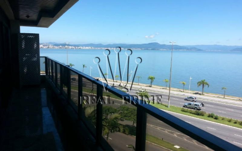 Apartamento 4 Dormitórios na Av. Beira Mar Norte - Foto 11