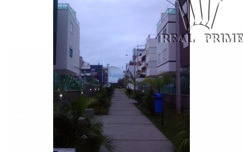 Apartamento Três Dormitórios Próximo ao Mar no Sul da Ilha - Foto 8