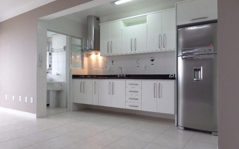 Apartamento 2 Dormitórios com Vista Panorâmica Para o Mar. - Foto 4