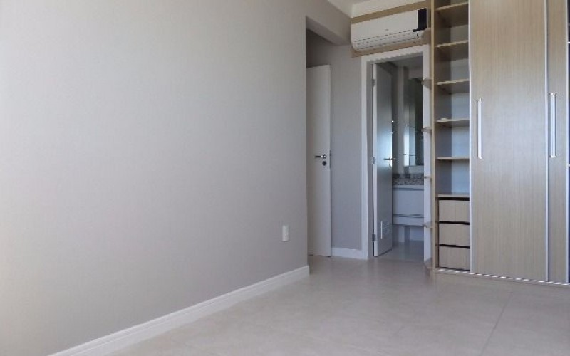 Apartamento 2 Dormitórios com Vista Panorâmica Para o Mar. - Foto 24