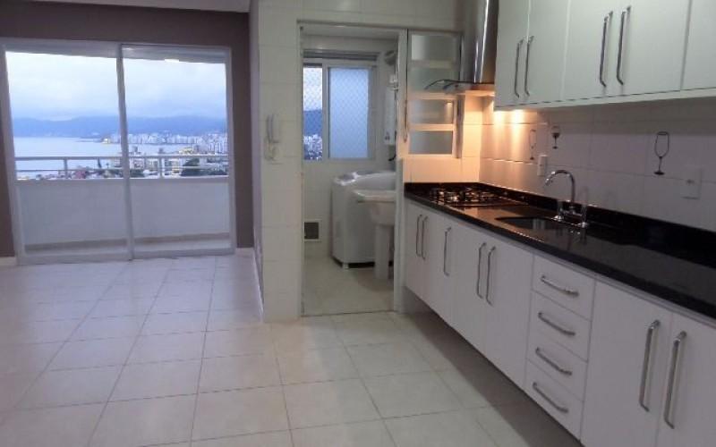 Apartamento 2 Dormitórios com Vista Panorâmica Para o Mar. - Foto 5