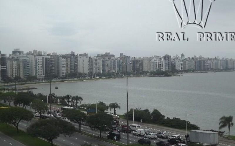 Apartamento Frente Mar Reformado - Foto 26