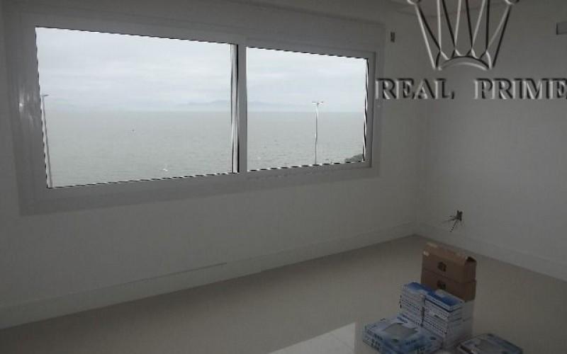 Apartamento Frente Mar Reformado - Foto 20