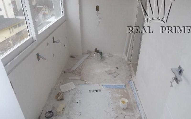 Apartamento Frente Mar Reformado - Foto 12