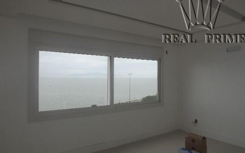 Apartamento Frente Mar Reformado - Foto 18