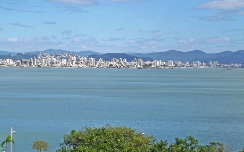 Lindo Apartamento Frente Mar na Beira Mar Norte !! - Foto 3