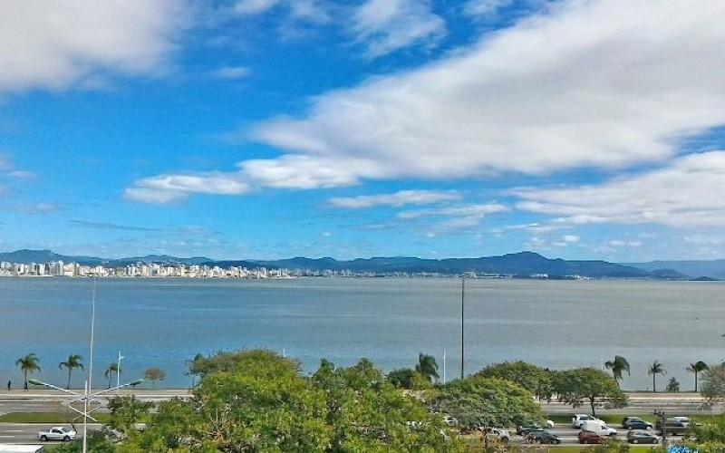 Lindo Apartamento Frente Mar na Beira Mar Norte !! - Foto 12