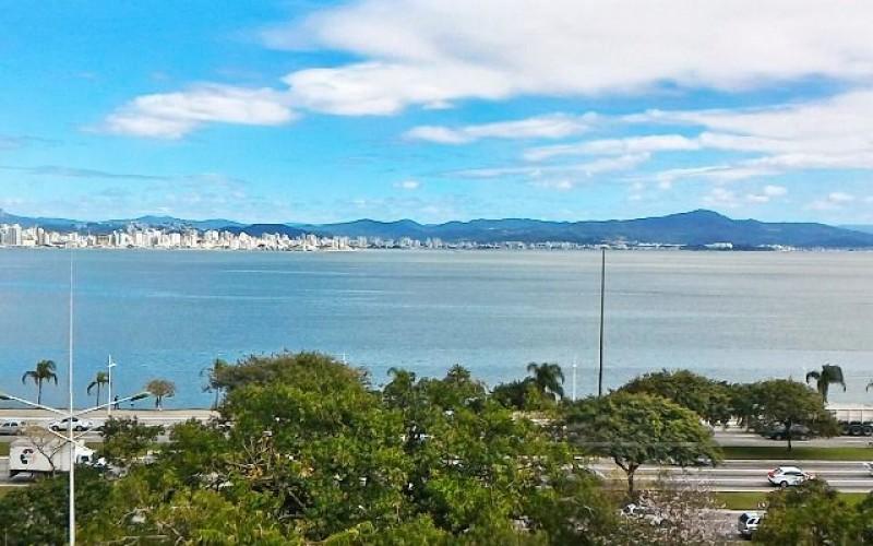 Lindo Apartamento Frente Mar na Beira Mar Norte !! - Foto 14