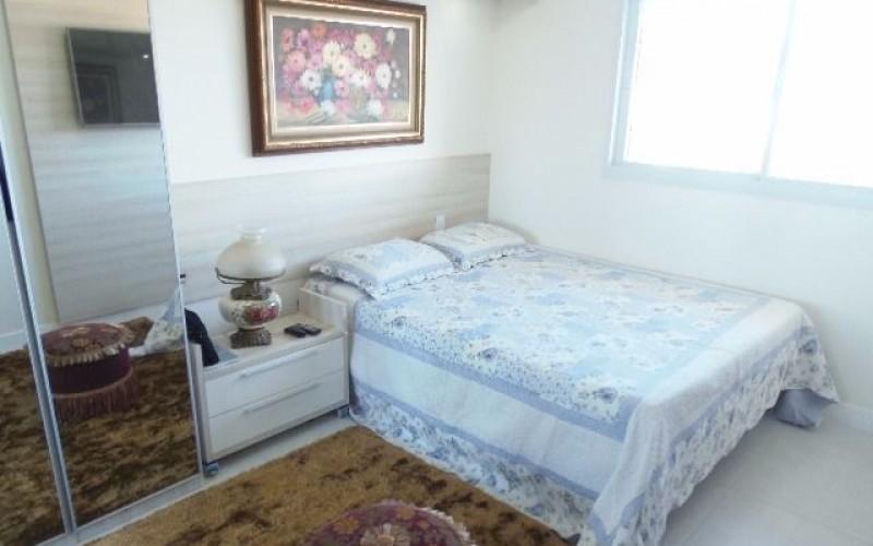Apartamento 3 Dormitórios é 3 Vagas de Garagem - Itacorubi. - Foto 3