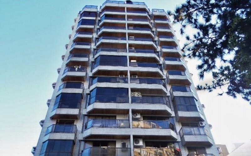 Mansão do Largo - Apto 4 Dorm, Centro, Florianópolis (AP790)