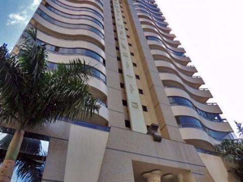 Apartamento em Balneário Camboriú   - Balneário Camboriú