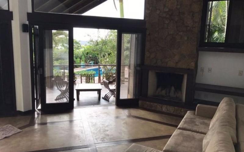 casa a venda lagoa da conceiçao (17)