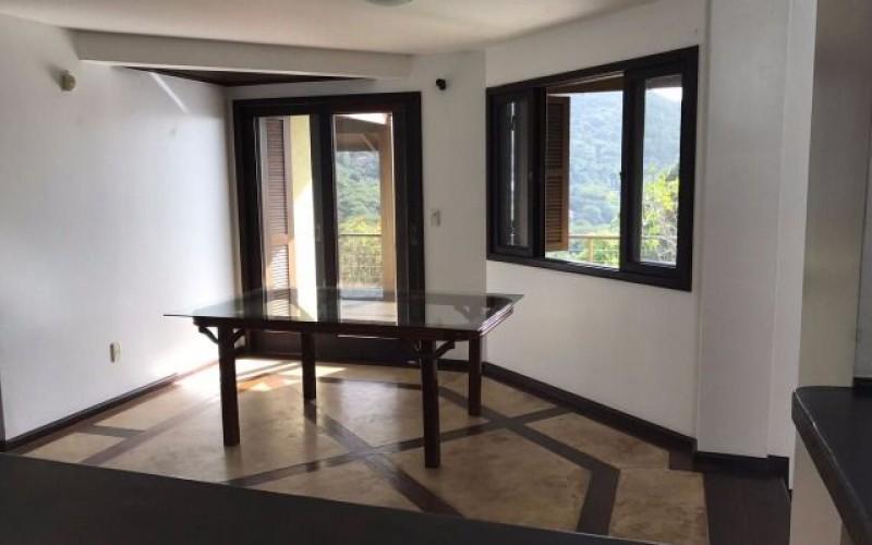 casa a venda lagoa da conceiçao (18)