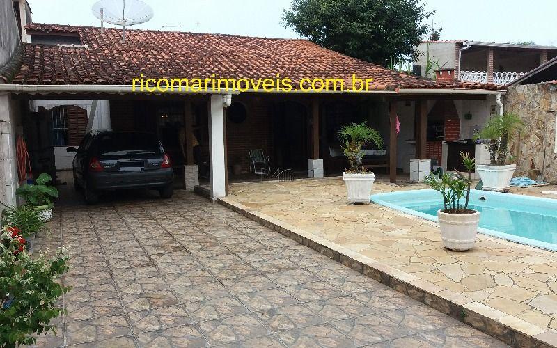 Casa com suíte e piscina Balneário Gaivota Itanhaém