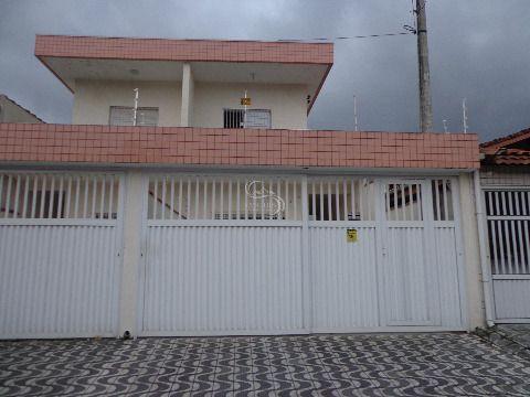 Sobrado com 4 suítes em Praia Grande - Vila Guilhermina