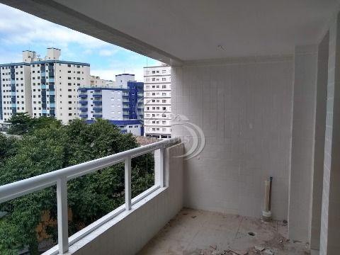 Apartamento na Ocian - Praia Grande com 2 dormitórios sendo 1 suíte, área de lazer completa