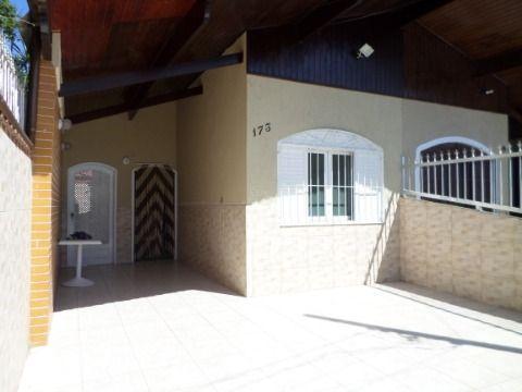 Casa Geminada 3 dormitórios  sendo 1 suite em Praia Grande - Jardim Imperador