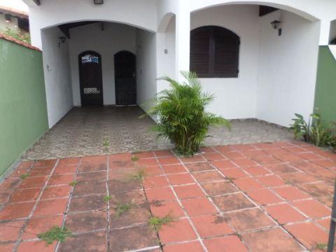 Casa Geminada 2 dormitórios  em Praia Grande Jardim Imperador