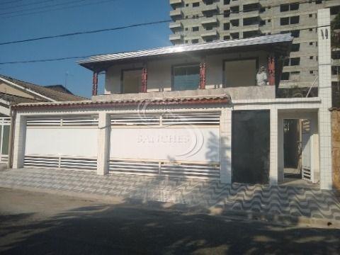 Casa em condomínio 2 dormitórios sendo suítes Vila Caiçara