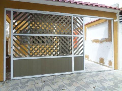 Casa Geminada 2 dormitórios sendo 1 suite em Praia Grande Jardim Imperador