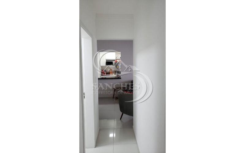 corredor dos quartos para sala