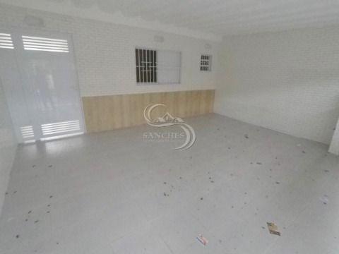 Casa Geminada 3 Dormitórios sendo 1 suite em Praia Grande - Boqueirão