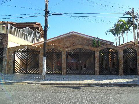 Casa 4 dormitorios sendo 1 suite em Praia Grande Balneario Florida