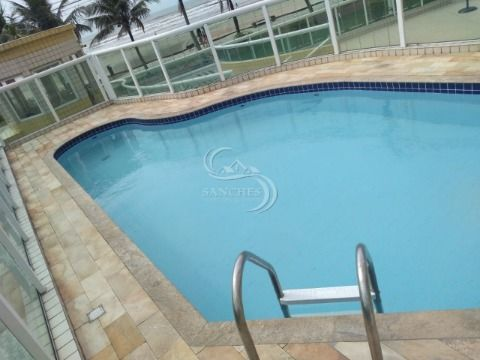 Apartamento 1 dormitório com piscina Prédio frente ao mar