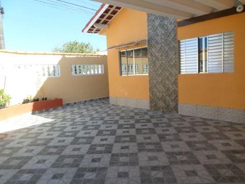 Casa isolada de 3 dormitórios em Praia Grande - Balneário Maracanã