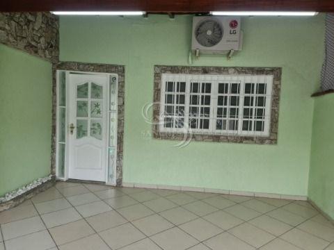 Casa 2 dormitórios sendo 1 suíte, banheiros com box de vidro jateados