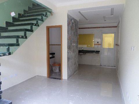 Casa de condomínio 2 dormitórios Praia Grande- Vila Mirim