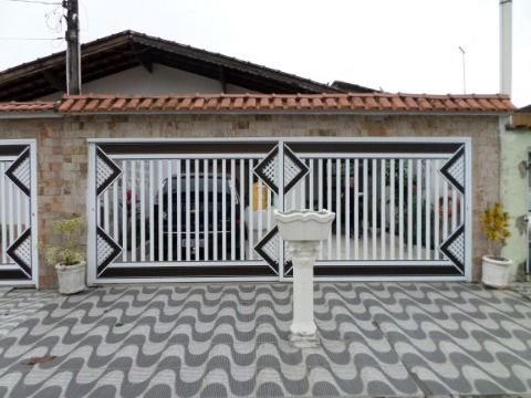 Casa Geminada 2 dormitórios na Vila Caiçara - Praia Grande
