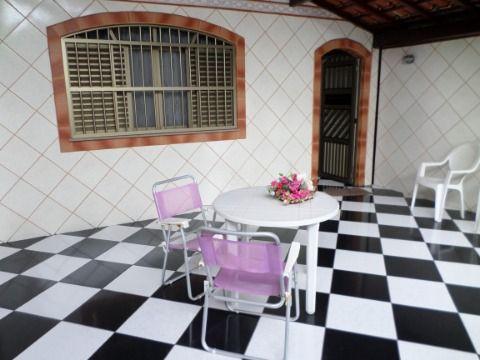 Casa 2 dormitórios sendo 1 suite em Praia Grande - Vila Mirim