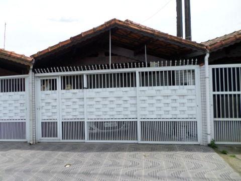 Casa Geminada  2 dormitórios sendo 1 suite em Praia Grande -Jardim Guaramar