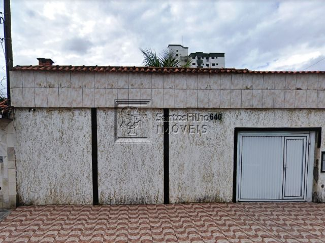 Casa4 dormitórios em Praia Grande