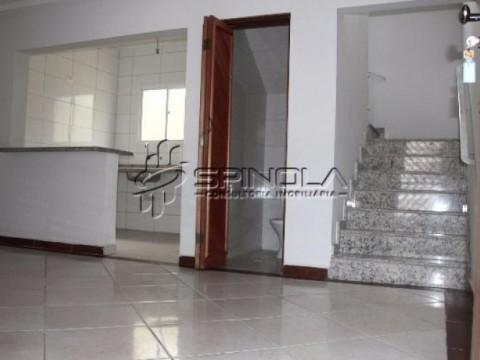 Casa Sobre posta em Praia Grande na Vila Guilhermina -  2 Dormitórios