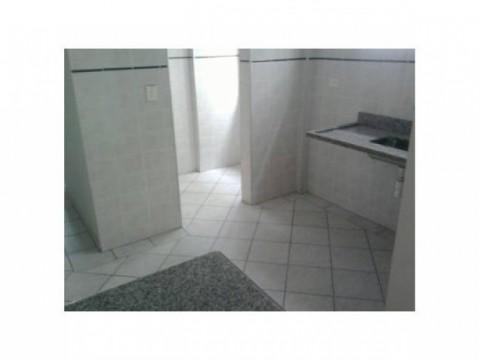 Apartamento em Praia Grande na Vila Guilhermina - 1 dormitório