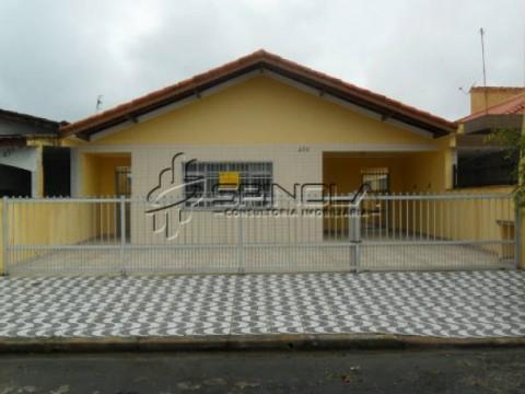 Casa em Praia Grande de 3 dormitórios sendo 1 suite- Jardim Imperador