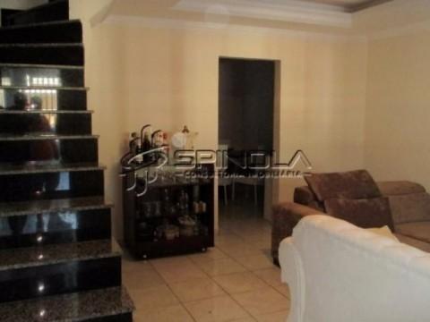 Casa em sobrado à venda com 3 dormitórios na Cidade Ocian - Praia Grande