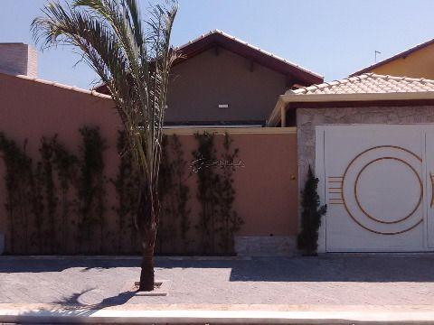 Casa com 3 dormitórios em Praia Grande - Jardim Imperador
