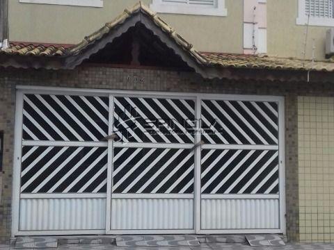 Casa de 3 dormitórios na Vila Guilhermina em Praia Grande